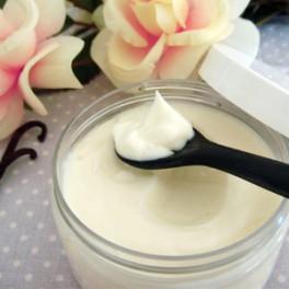Crème raffermissante à l'Acide hyaluronique « Au temps pour moi ! »
