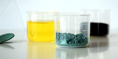 verre doseur en plastique